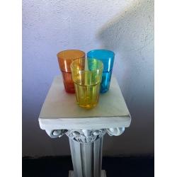 Värvilised klaasid